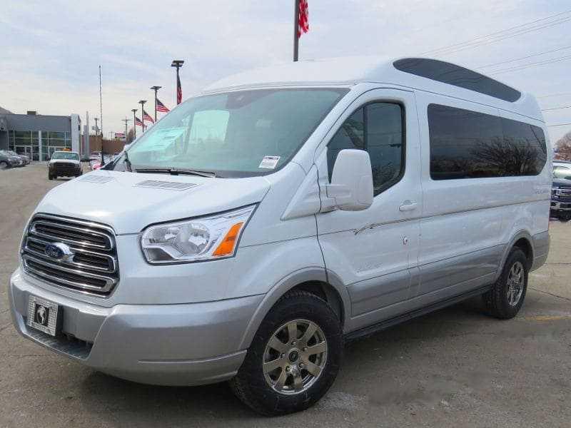 2019 Explorer Van Ford Transit